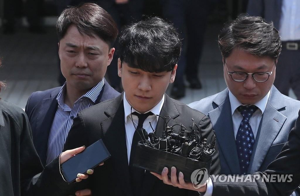 一週韓娛:勝利未被批捕 《請回答》將在華被翻拍