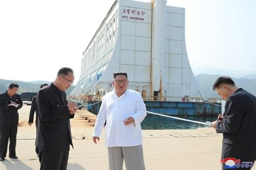 詳訊:金正恩視察金剛山指示拆除韓方設施