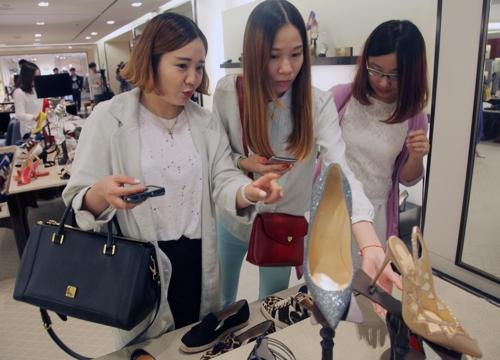南韓新世界百貨店中國顧客購買額劇增