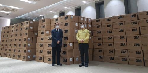 上海市捐贈的50萬隻口罩明將運抵南韓