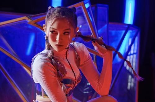 歌手AleXa將首推迷你專輯
