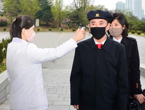 消息:朝鮮大學和高三學生率先複學