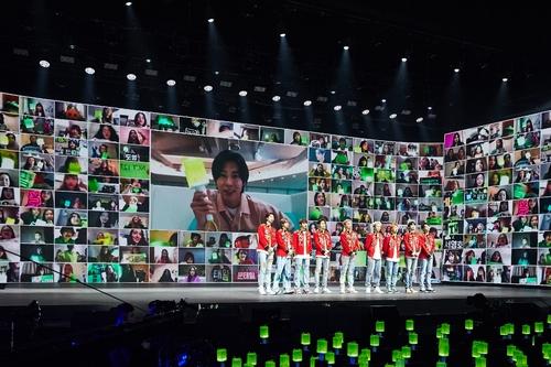 NCT 127線上演唱會吸引逾10萬粉絲同時收看