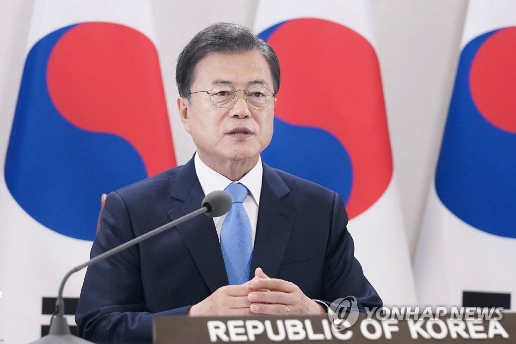 5月18日,在青瓦臺,南韓總統文在寅在世界衛生大會視頻會議上發表講話。 韓聯社/青瓦臺供圖(圖片嚴禁轉載複製)