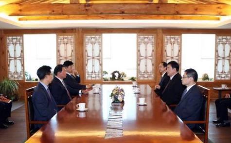 中國駐韓大使邢海明會見SK集團會長崔泰源