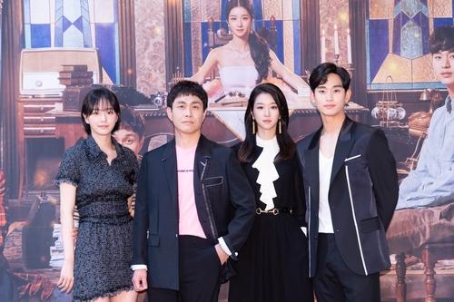 左起依次為樸奎英、吳正世、徐睿知和金秀賢 韓聯社/tvN供圖(圖片嚴禁轉載複製)