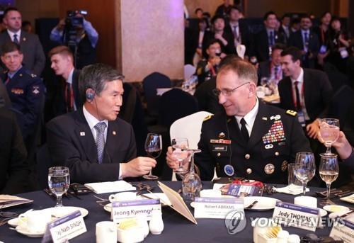 韓防長和韓美聯軍司令昨會晤或討論聯演