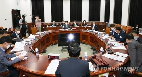 韓情報機構:7月以來金正恩公開活動增加