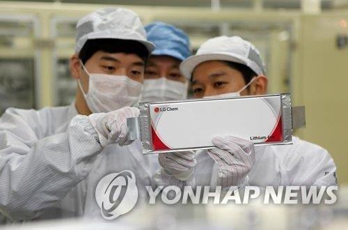 資料圖片:LG化學生產的電池 韓聯社/LG化學供圖(圖片嚴禁轉載複製)