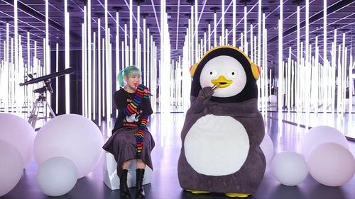 樂童音樂家秀賢與企鵝Pengsoo秀合唱