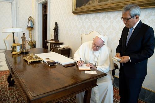教皇方濟各重申有意訪朝推動半島和平