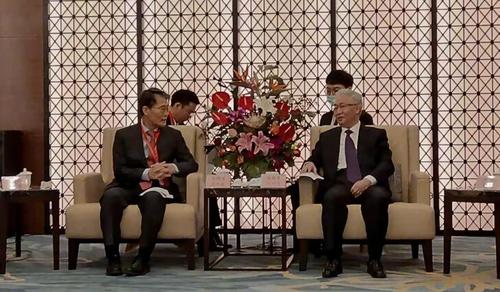 張夏成(左)會見遼寧省省委書記張國清。 韓聯社/南韓駐瀋陽總領事館供圖(圖片嚴禁轉載複製)