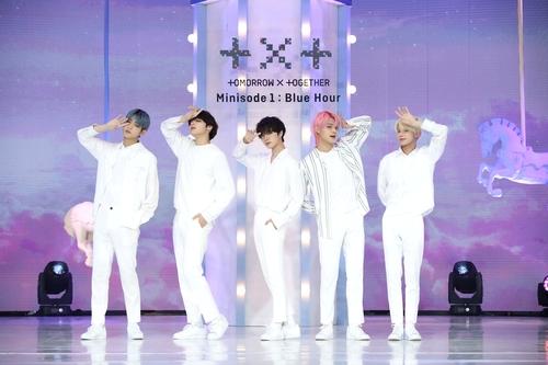 資料圖片:TOMORROW X TOGETHER(TXT) 韓聯社/經紀公司Big Hit娛樂供圖(圖片嚴禁轉載複製)