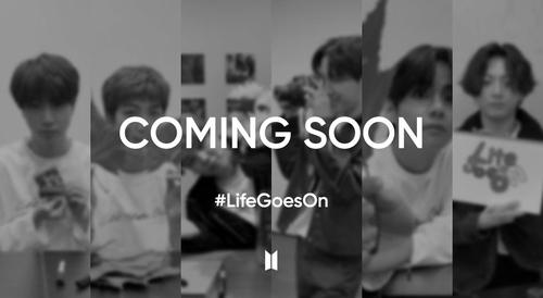 """防彈少年團在抖音上發起的""""#LifeGoesOn""""挑戰話題宣傳圖 Big Hit娛樂供圖(圖片嚴禁轉載複製)"""
