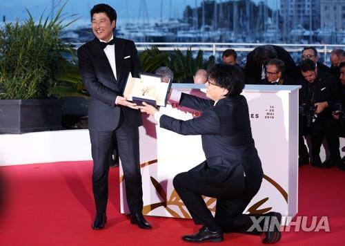 宋康昊金敏喜入選《紐約時報》21世紀最偉大演員