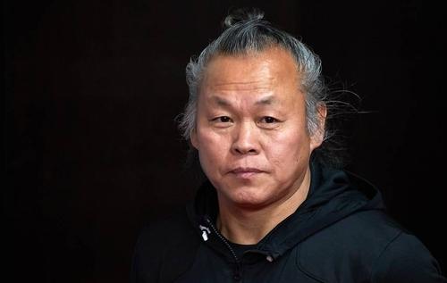 南韓導演金基德在拉脫維亞感染新冠去世