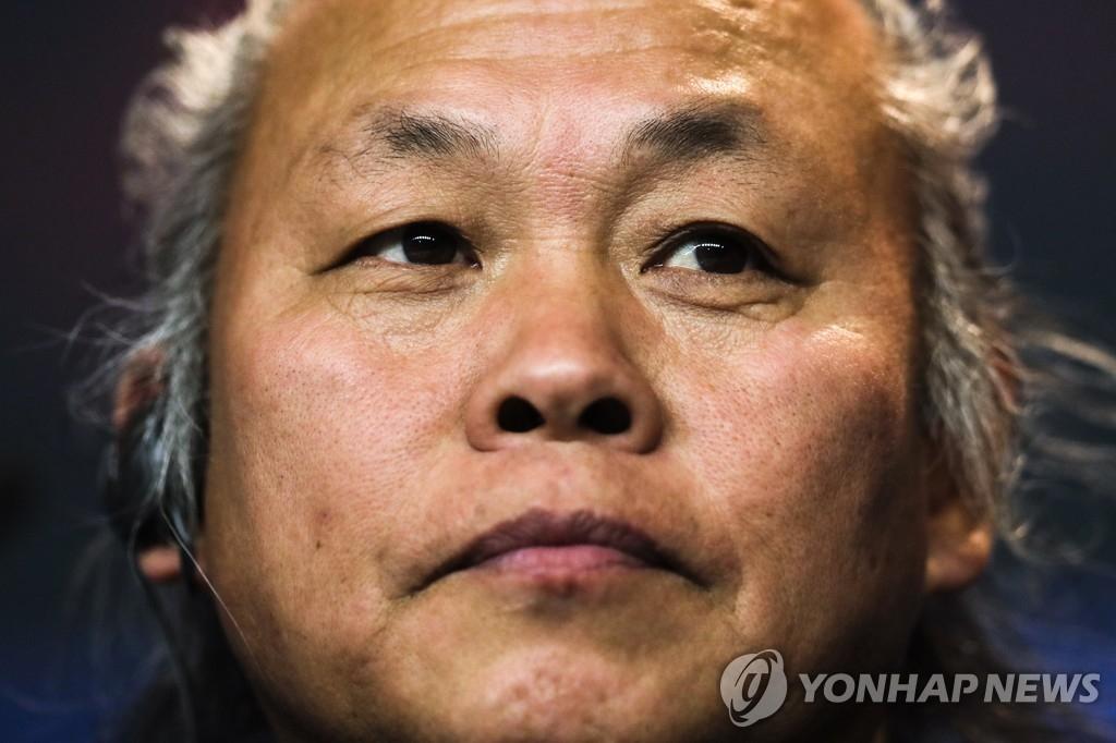 韓已故導演金基德遺體或在拉脫維亞火化
