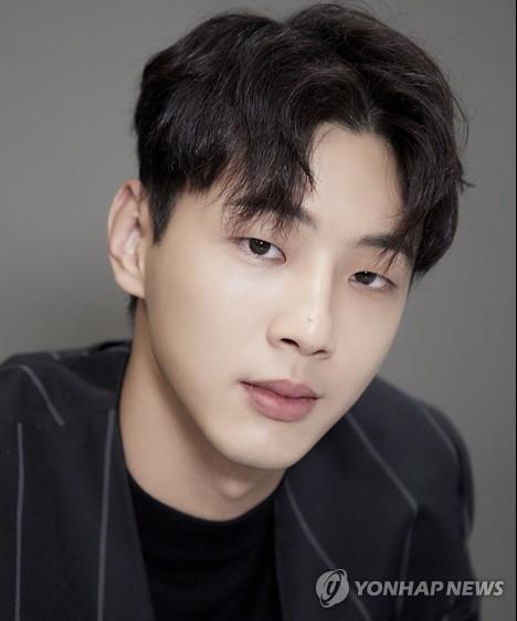韓演員志洙承認校園霸淩發文道歉