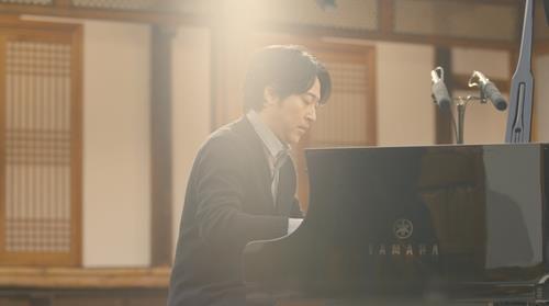 資料圖片:南韓知名作曲家、鋼琴家李閏珉 環球唱片供圖(圖片嚴禁轉載複製)