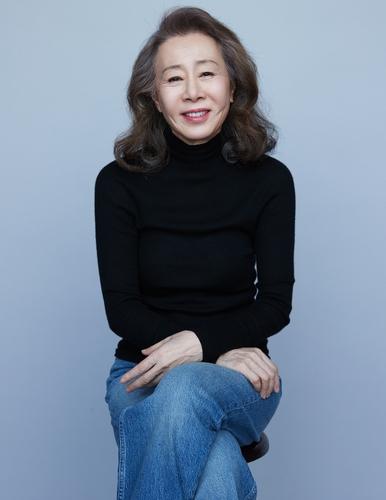 尹汝貞赴美出席奧斯卡頒獎典禮