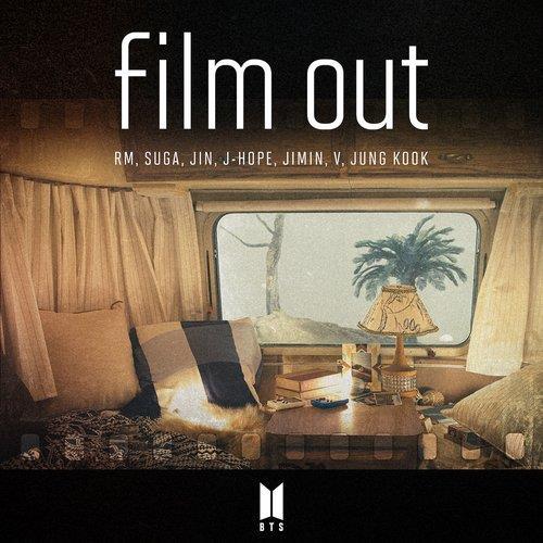 防彈少年團《Film Out》封面 經紀公司供圖(圖片嚴禁轉載複製)