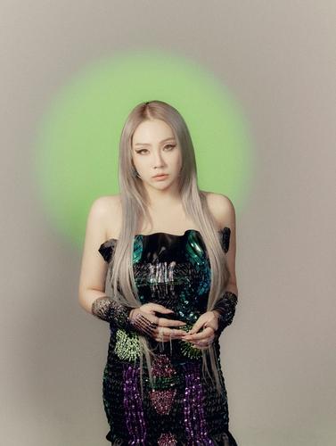 歌手CL參加美國來福車反仇亞宣傳活動