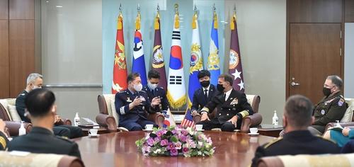 韓聯參議長元仁哲會見美印太司令阿奎利諾