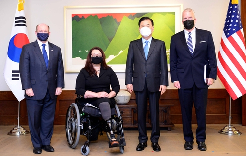 韓外長會見美國國會參議院代表團
