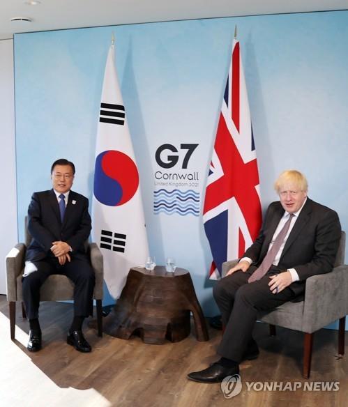 韓英領導人商定加強合作爭取公平分配疫苗