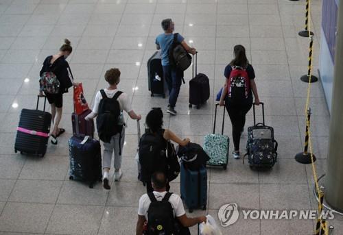 統計:5月訪韓外國遊客同比增142%