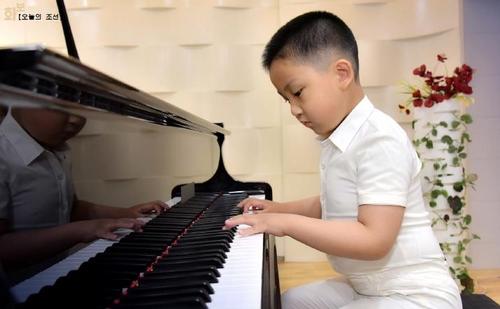 朝媒宣傳音樂神童搖籃慶上幼兒園