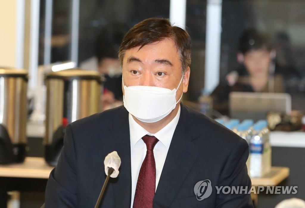 8月11日,在首爾薩默塞特宮酒店,中國駐韓大使邢海明出席韓中專家論壇。 韓聯社