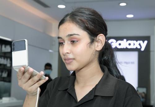Galaxy Z Flip3在印度掀預售熱潮。 韓聯社/三星電子印度法人供圖(圖片嚴禁轉載複製)