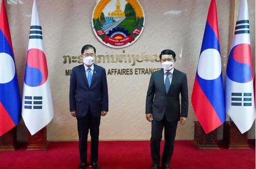 南韓和寮國外長舉行會談共商合作事宜