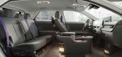 艾尼氪5機器人計程車內飾 現代汽車供圖(圖片嚴禁轉載複製)