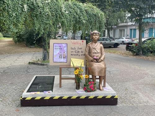 柏林和平少女像獲准暫留一年
