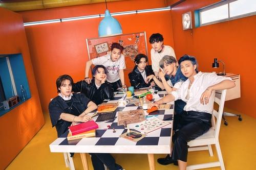 一週韓娛:防彈第十度登頂公告牌 泫雅DAWN推合唱專輯