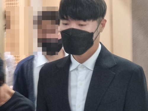 9月8日,在大邱地方法院,輝星出庭受審。 韓聯社