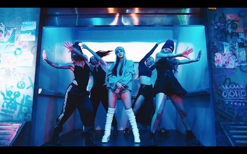 LISA單曲優兔上線24小時播放量創個人歌手之最