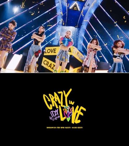 女團ITZY首張正規專輯《CRAZY IN LOVE》主打歌《LOCO》的預告照 韓聯社/JYP娛樂供圖(圖片嚴禁轉載複製)
