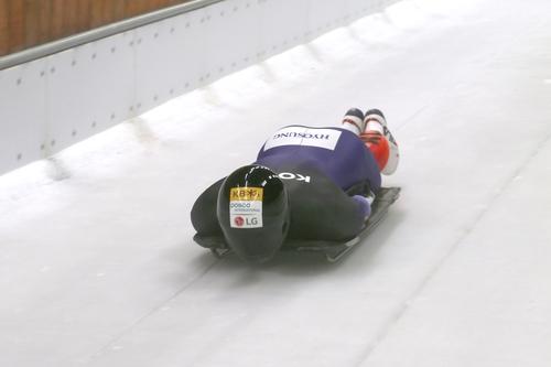 資料圖片:南韓鋼架雪車代表隊訓練照 大韓有舵雪橇和鋼架雪車聯合會供圖(圖片嚴禁轉載複製)