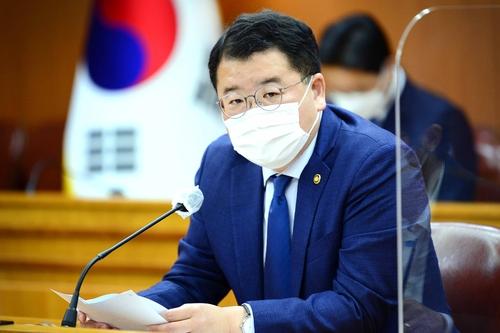 韓副外長:應將終戰宣言作為半島和平主要議題