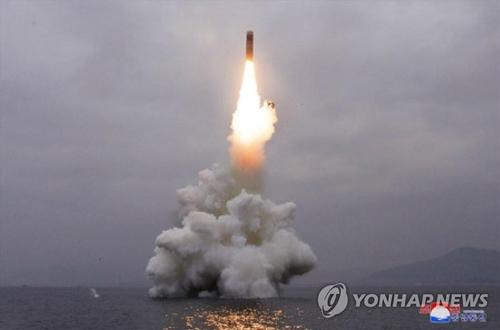 簡訊:朝鮮從東海岸新浦發射1枚彈道導彈