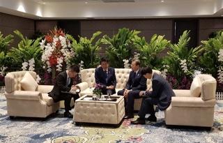 韓日領導人一致認為需以對話解決問題
