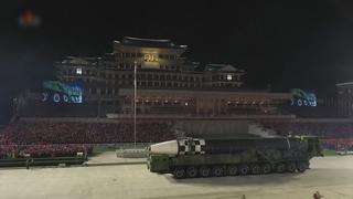 韓軍發現朝鮮昨夜舉行閱兵式跡象