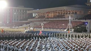 朝鮮舉行閱兵式紀念勞動黨八大