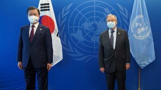 文在寅會見聯合國秘書長安東尼奧·古特雷斯