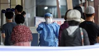 南韓新增1673例新冠確診病例 累計319777例