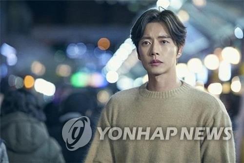 韓劇《四子》再起波瀾 男主樸海鎮宣佈退出