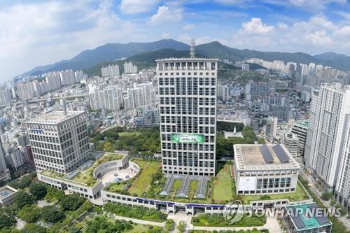 南韓釜山市向中國姐妹城市捐贈175萬元救護物資